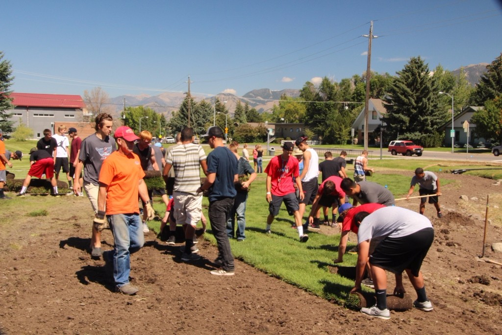 BHS Football gets after sod laying (1024×683)